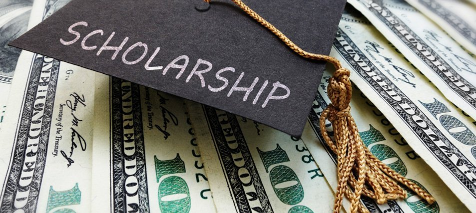 Where the Bucks Are: Private Scholarships for College